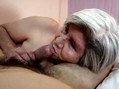 Latin Granny blowjob Thumb