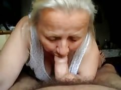 Russian granny gives a juicy blowjob in the close-up Thumb