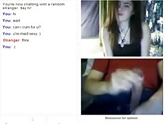 Shy girl flashes on Omegle Thumb