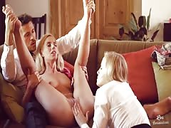 Los Consoladores - Hungarian babes in a hot FFM threesome Thumb