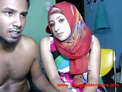 newly married indian srilankan couple live on cam show Thumb