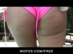Mofos -Sexy blond with perfect ass strips down & masturbates Thumb
