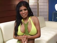 Alexis Amore Is Back From A Year Off Thumb
