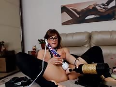 Romanian Milf on cam 2 Thumb