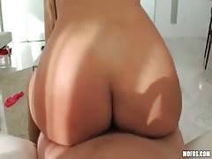 Shoving my wiener in her small bald vagina right on the bed Thumb