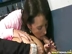 Stunning gloryhole sex with aesthetic cum-swallowing beauties Thumb
