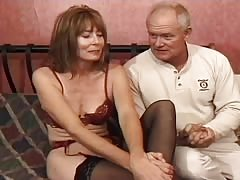 Old man with a huge dick is banging a slender milf Thumb