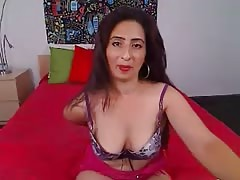Hot indian milf gets seduced on cam Thumb
