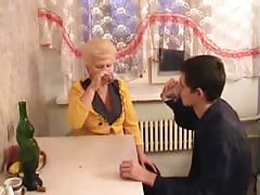 Russian mature mom and her boy! Amateur! Thumb