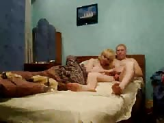 Impressive Russian milf is blowing a dick of her hubby Thumb