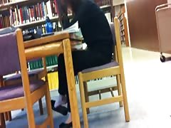 Candid Asian Library Shoeplay Feet Dangling Flats Pt 2 Thumb