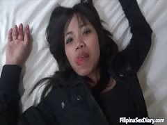 Tight Filipina cunt is getting fucked in the missionary pose Thumb