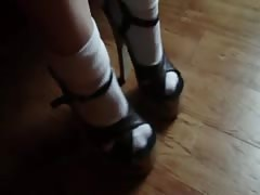 Cocksucking wife in socks and wood sandals Thumb