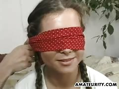 Amateur girlfriend cum in mouth with a mask on her face Thumb