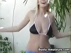 Busty blonde Autumn enjoying her bouncing boobs Thumb