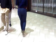 Candid Bubble Round Ass In Jeans..1 Thumb