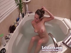 Lelu Love-Naked Hairwashing In Bathtub Thumb