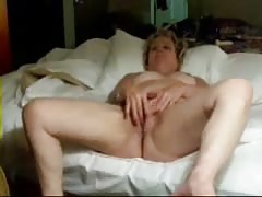 Old pervert wife masturbating in front of me. Amateur older Thumb