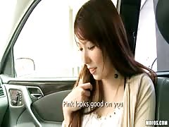 Asian cutie blows in the car Thumb
