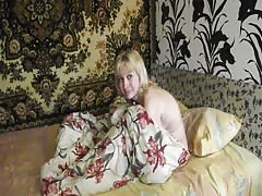 Blonde Russian MILF in stockings fuck at home Thumb